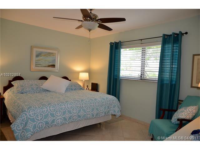 Photo of 17090 NE 14th Ave  North Miami Beach  FL
