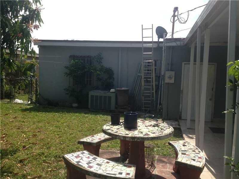 Photo of 41 E 42nd St  Hialeah  FL