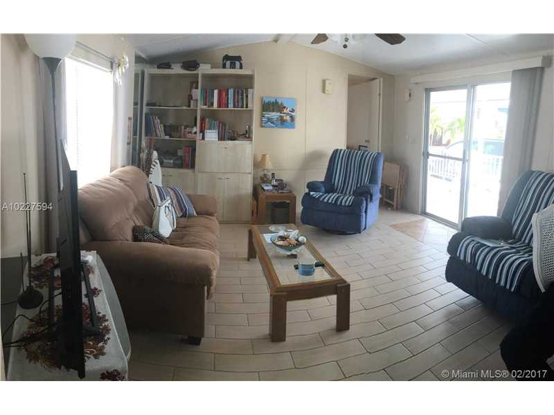 Photo of 61 W lake Dr  Hallandale  FL