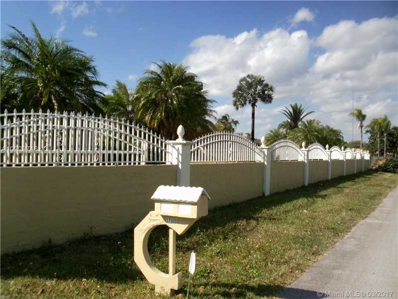 Photo of 27500 SW 168th Ave  Homestead  FL