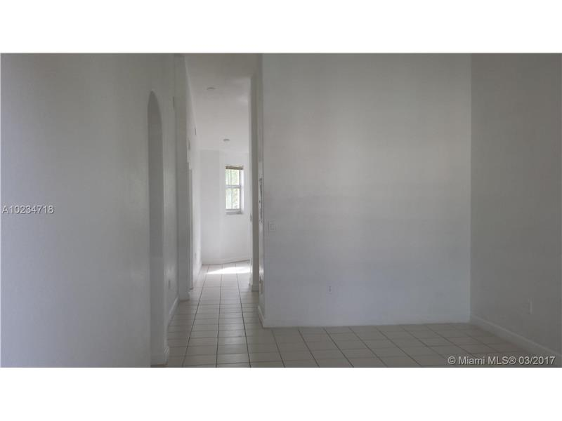 Photo of 1662 SE 27th Dr 201  Homestead  FL
