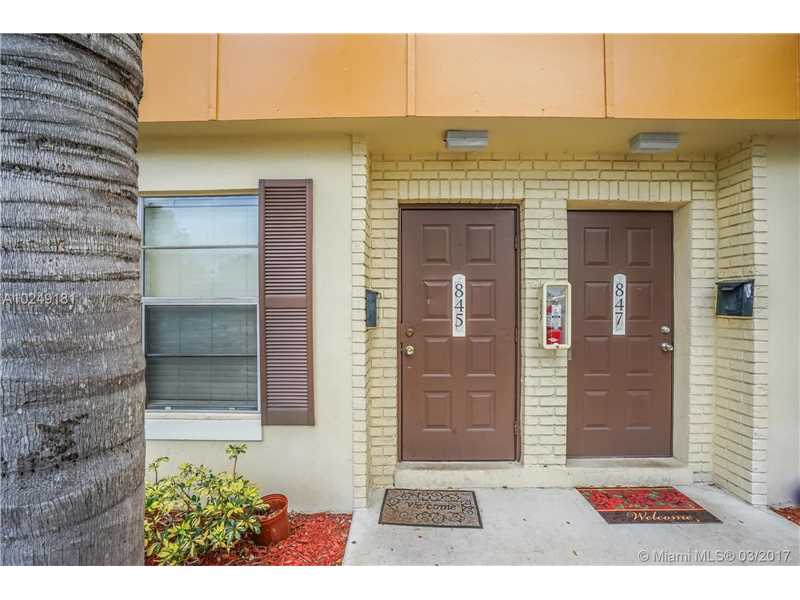 Photo of 845 NW 46th Ave 845  Plantation  FL