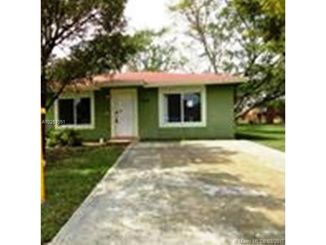 Photo of 910 NW 7th Pl  Florida City  FL