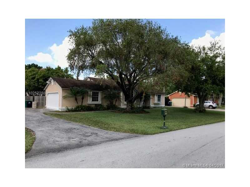 Photo of 14861 SW 156th St  Miami  FL