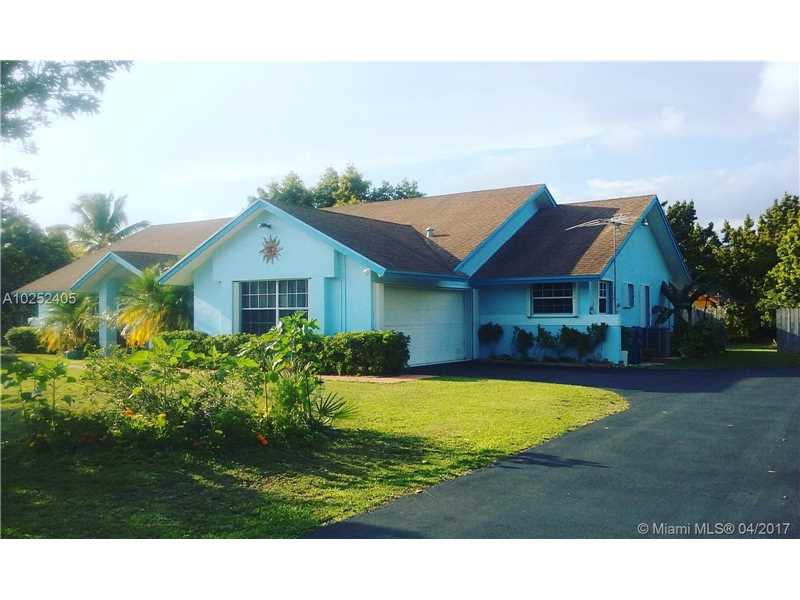Photo of 15721 SW 252nd St  Homestead  FL