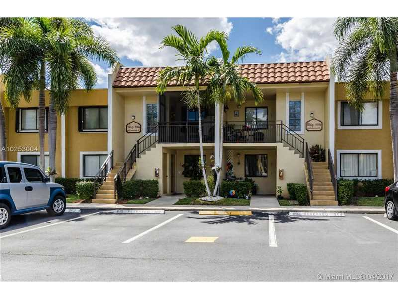 Photo of 422 Lakeview Dr 202  Weston  FL