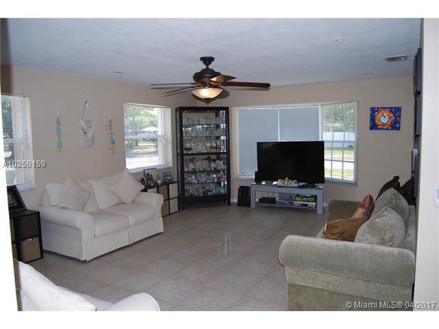 Single-Family Home - Plantation, FL (photo 5)