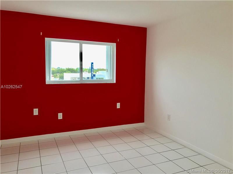 Condo/Townhouse - Miami, FL (photo 3)