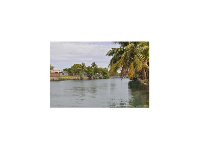 Single-Family Home - Cutler Bay, FL (photo 5)