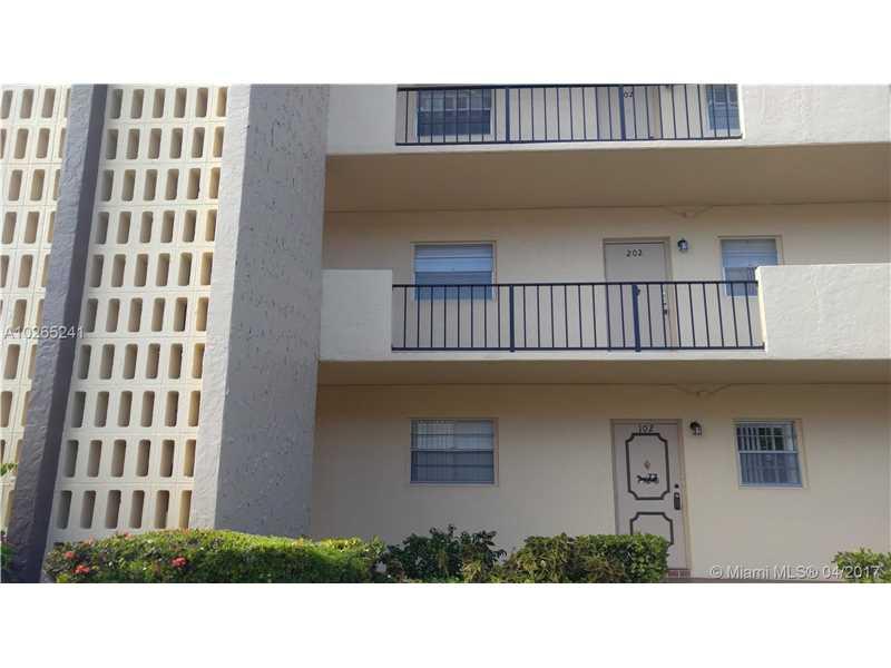 Photo of 101 Berkley Rd 201  Hollywood  FL