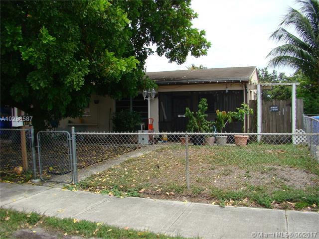 Photo of 6841 Greene St  Hollywood  FL