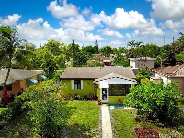 2122 Wilson St, Hollywood, Florida