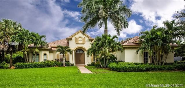 12705 N Winners Cir Davie, FL 33330