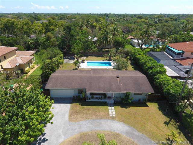 10725 SW 74th Ave, Pinecrest in  County, FL 33156 Home for Sale