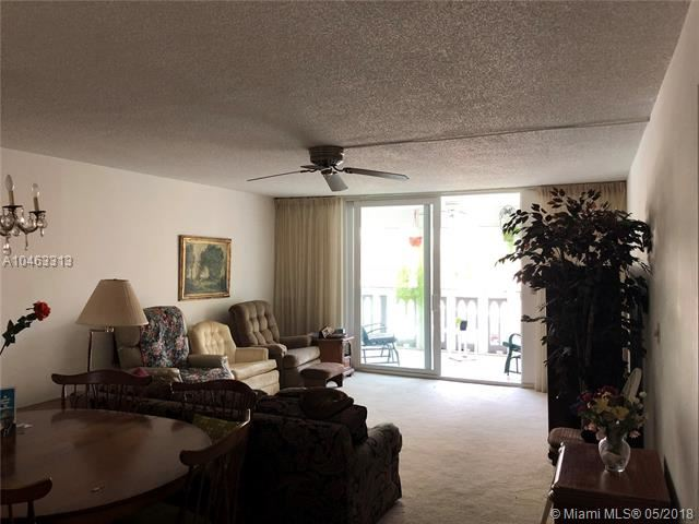 610 NE 12th Ave  #208 Hallandale, FL 33009