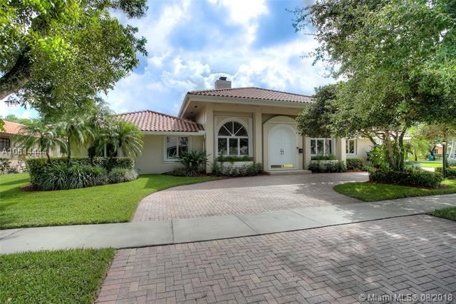 15805 W Prestwick Pl Miami Lakes, FL 33014