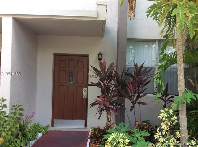 14235 Memorial Hwy 6f Hwy  #6F, one of homes for sale in Miami Shores