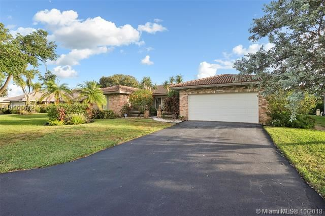 995 NW 83 DR Coral Springs, FL 33071