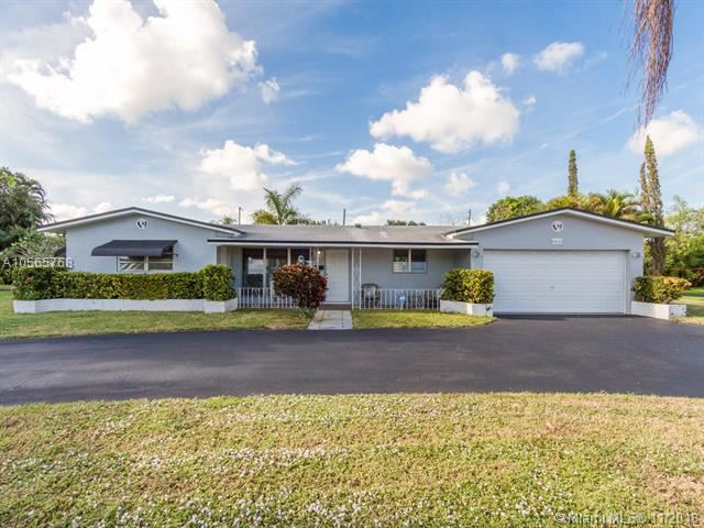 5601 Madison St, Hollywood, Florida