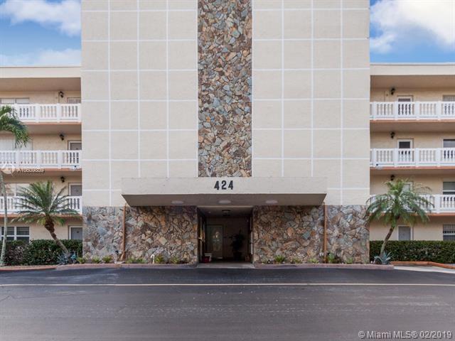 424 SE 10th St  #203 Dania Beach, FL 33004
