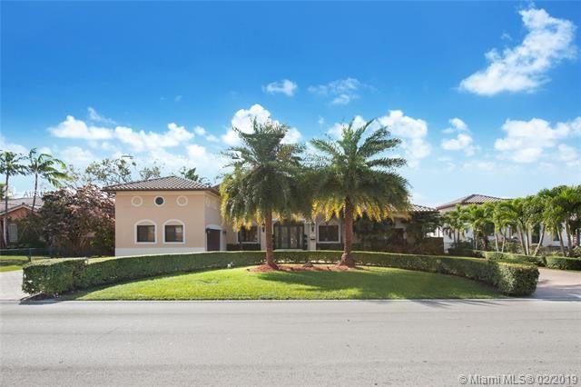 5876 Sw 16th St Miami, FL 33155