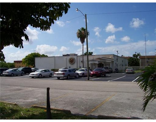 2907 Taylor St, Hollywood, FL 33020