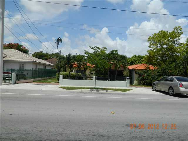 1616 SW 62nd Ave, Miami, FL 33155