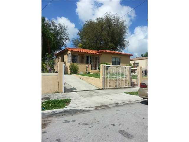 31 NW 45th St, Miami, FL 33127