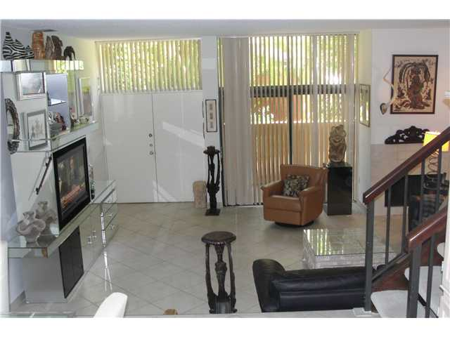 3061 183rd Ln # 61, North Miami Beach, FL 33160
