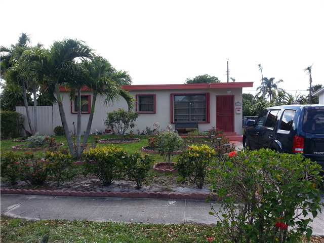 1120 N 73rd Way, Hollywood, FL 33024