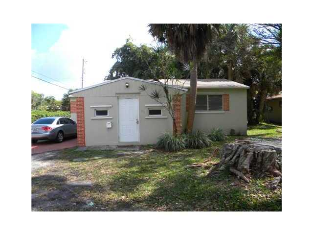 1711 N 27th Ave, Hollywood, FL 33020