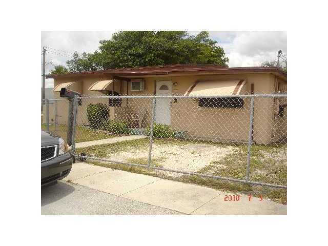 1017 NW 11th Ave, Fort Lauderdale, FL 33311