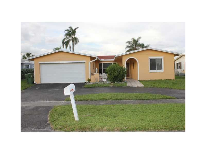 9371 Nw 18th St, Pembroke Pines, FL 33024