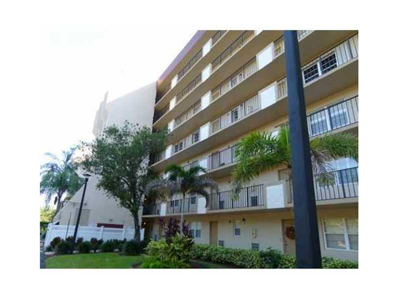 Rental Homes for Rent, ListingId:26945254, location: 3300 ROLLING HILLS CR # 306 Davie 33328