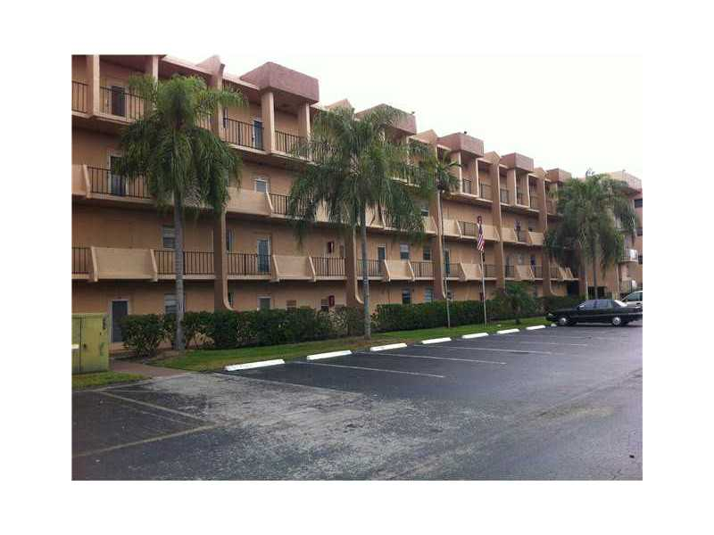3048 Sunrise Lakes Dr # 317, Sunrise, FL 33322