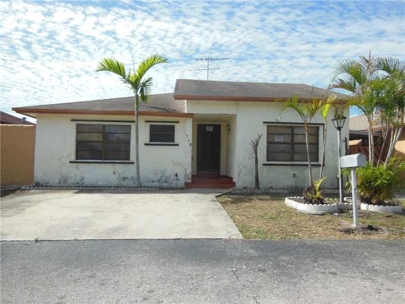715 SW 100th Ct Cir, Miami, FL 33174