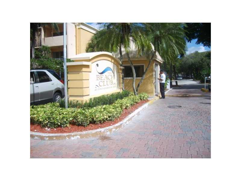 Rental Homes for Rent, ListingId:26944679, location: 9367 FONTAINEBLEAU BL # G-228 Miami 33172