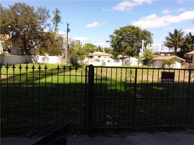 153 Ne 25th St, Miami, FL 33137