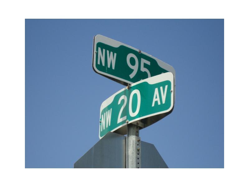 2035 Nw 95th St, Miami, FL 33147