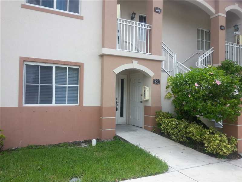 Rental Homes for Rent, ListingId:28963210, location: 2701 SE 12 PL 104 Homestead 33035