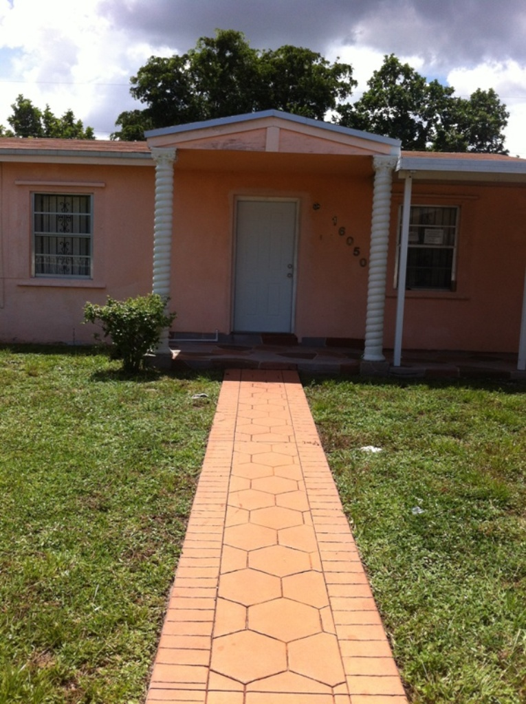 Rental Homes for Rent, ListingId:29466552, location: 16050 NW 17 CT Miami Gardens 33054