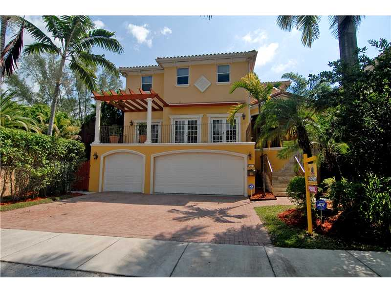3515 E Fairview St, Miami, FL 33133