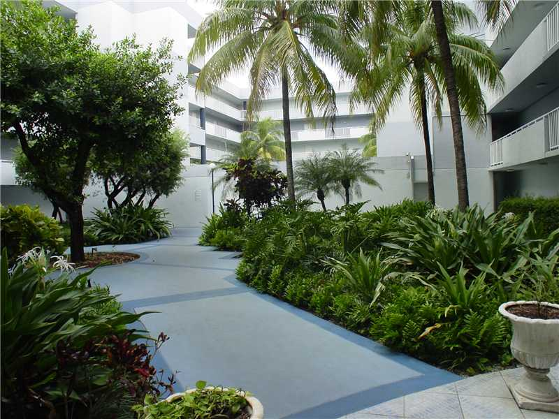 Rental Homes for Rent, ListingId:29816961, location: 8261 NW 8 ST 138 Miami 33126