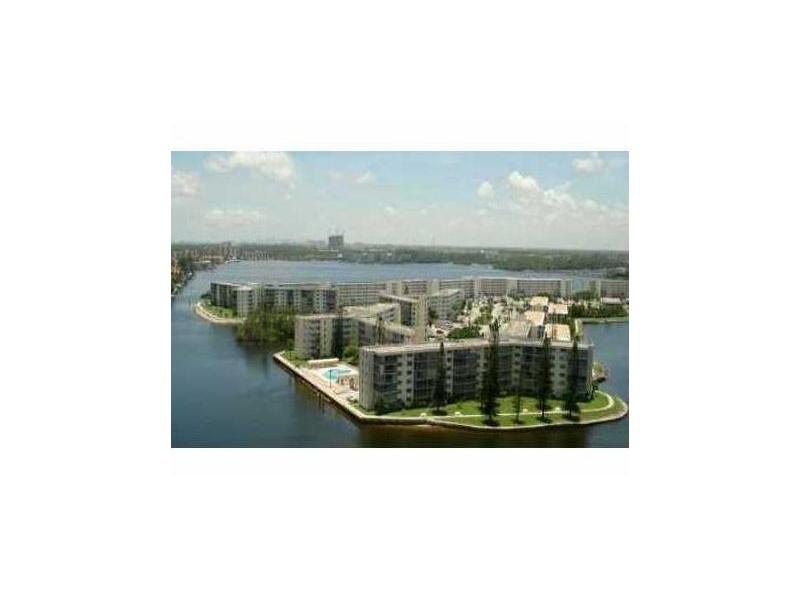 Rental Homes for Rent, ListingId:30004511, location: 2929 POINT EAST DR A104 Aventura 33160