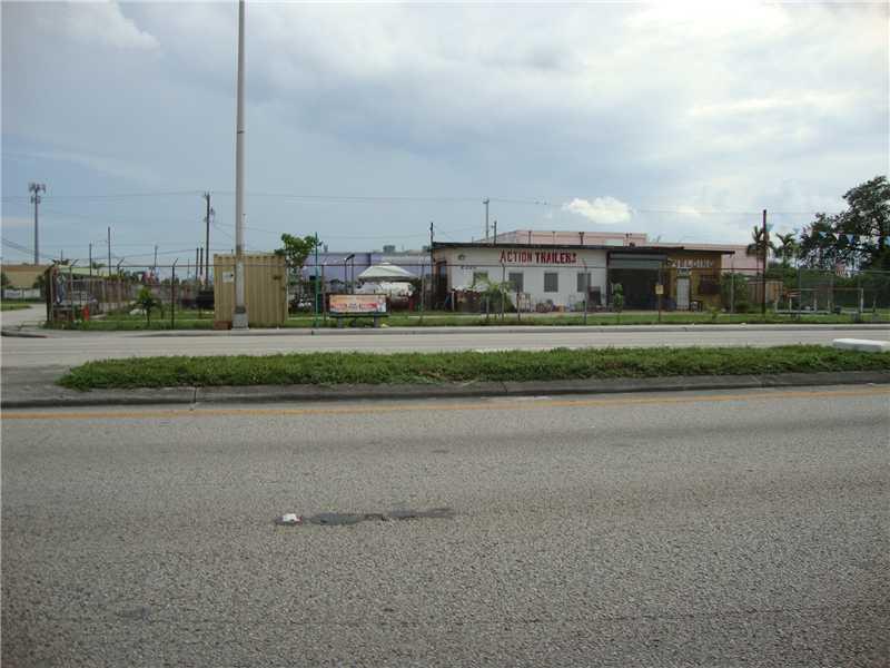 2300 Nw 79th St, Miami, FL 33147