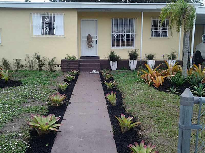 3542 NW 176th St, Miami Gardens, FL 33056