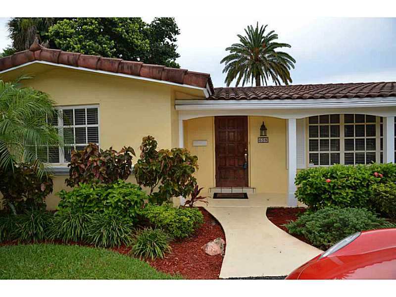 Rental Homes for Rent, ListingId:30878521, location: 698 PALMETTO PARK RD Boca Raton 33486