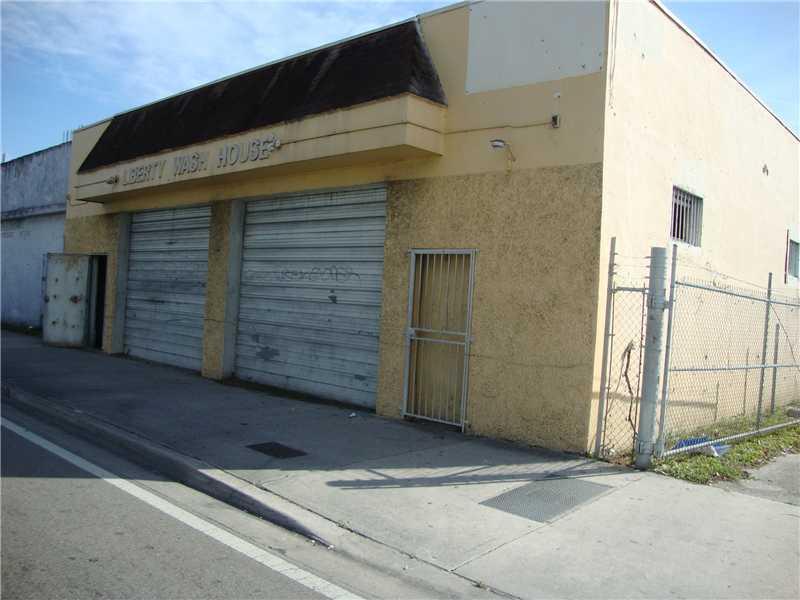 1350 NW 62nd St, Miami, FL 33147