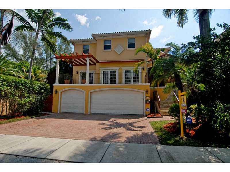 E Fairview St, Miami, FL 33133