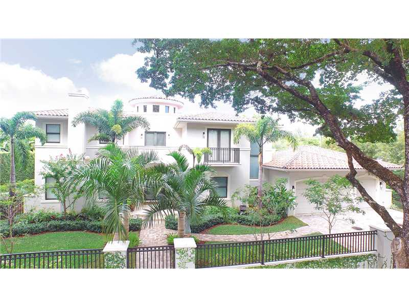 1415 Robbia Ave, Coral Gables, FL 33146